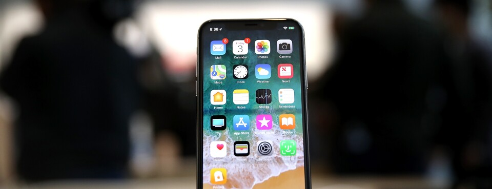Apple Loses Bid for Early End to iPhone Safety Suit