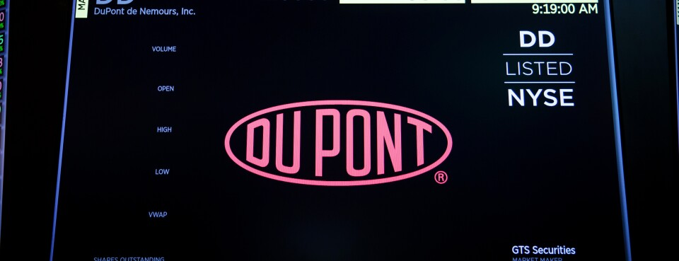 DuPont Wants Discovery Stayed in Chemours Case (2)