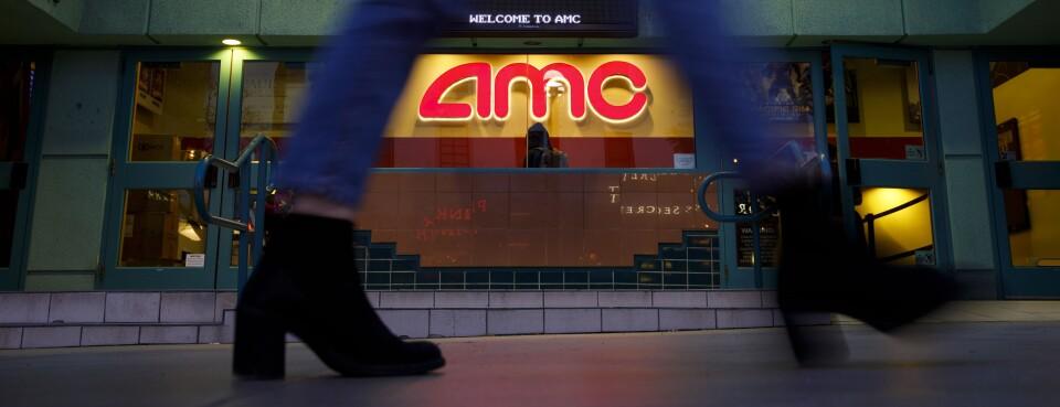 Amc Regal Rejected On Bid To Reopen N J Cinemas For Summer 1