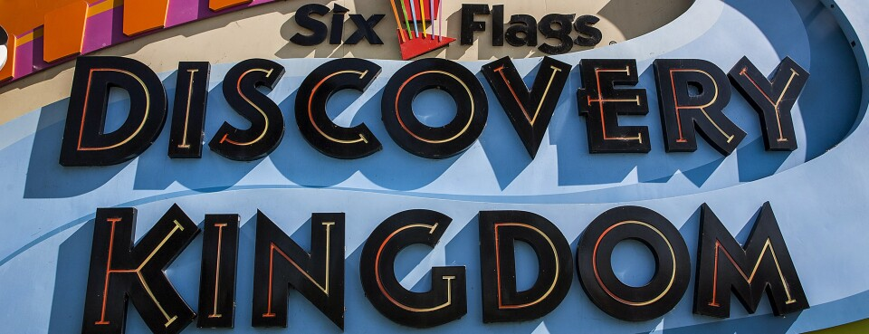 Six Flags Protester Convinces Ninth Cir. to Revive Bullhorn Case