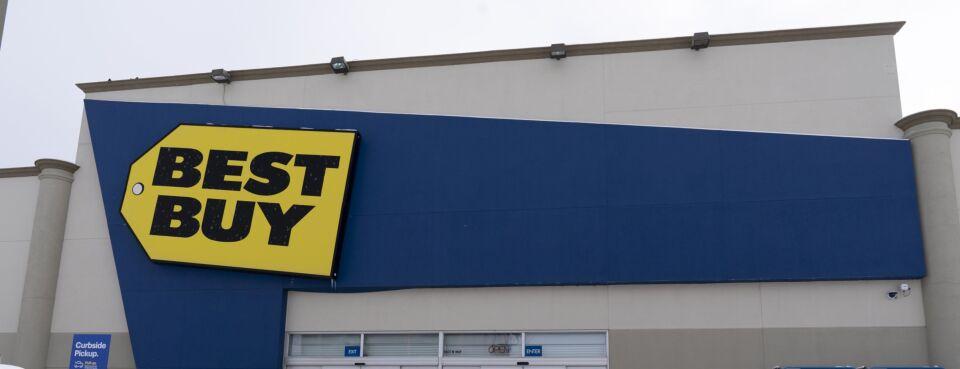 Best Buy Faces $2.65 Million Lawsuit Over Alleged Ponzi Scheme