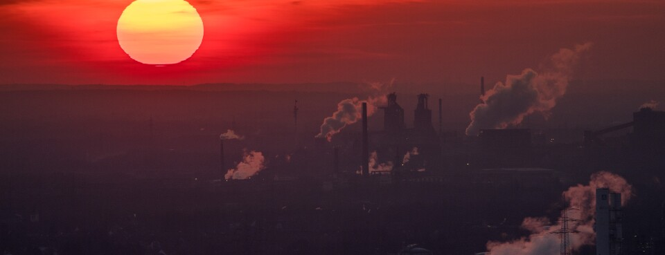 Environment / Climate Change -- Insights: Steam and exhaust rise from different companies on  Jan. 6, 2017, in Oberhausen, Germany.