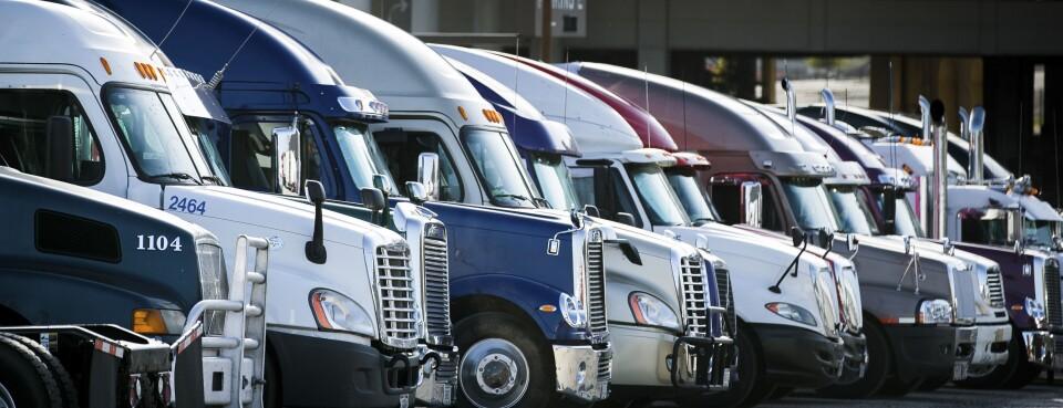 semi trucks in a row (last used 7/9/18)