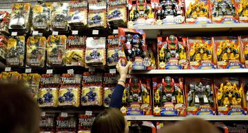 Photo of shoppers in a toy store in New York.