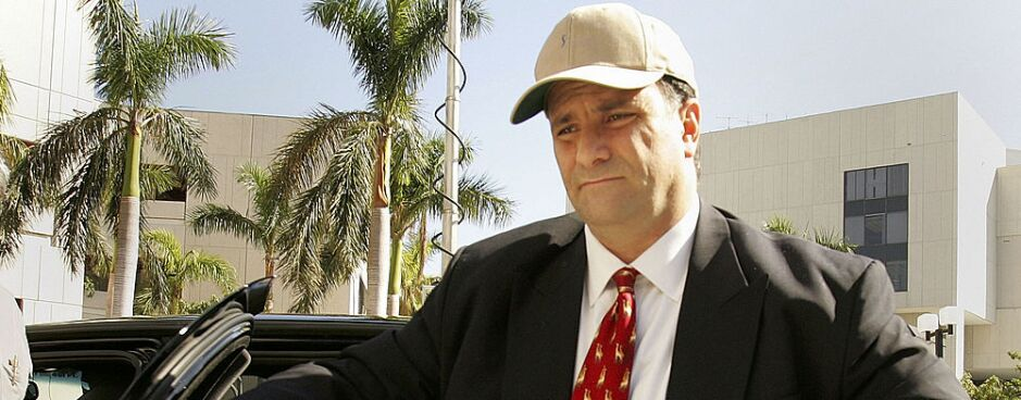 Former Lobbyist Jack Abramoff arrives at the Federal Justice Building in Miami to plead guilty to two counts of fraud on Jan. 4, 2006. New Labor Department acting chief Patrick Pizzella previously worked with Abramoff to try to shield a tiny cluster of Pacific Islands from federal labor and immigration laws.