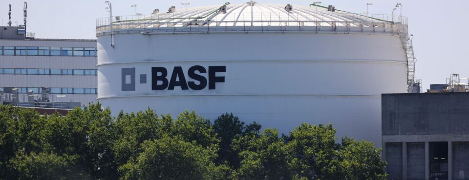 BASF, Cahill Law Firm to Pay $72.5 Million in Talc-Scam Deal (5)