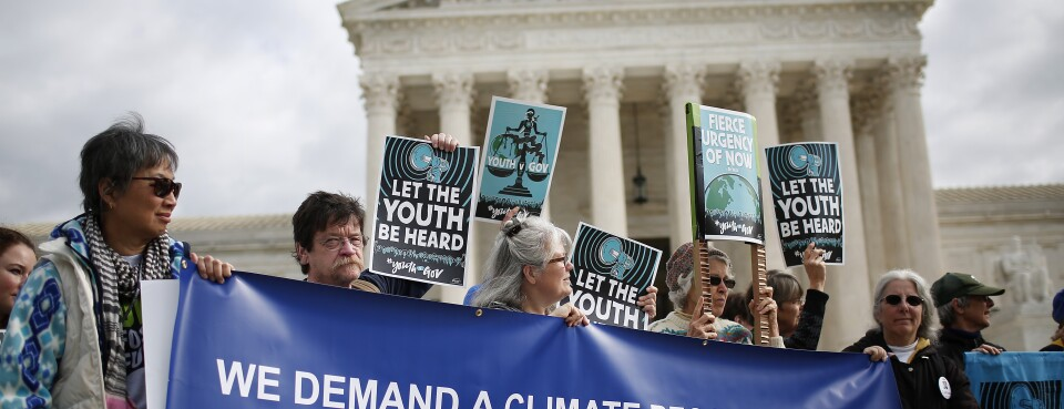 Teens' Climate-Change Lawsuit Dismissed by Appeals Court (2)