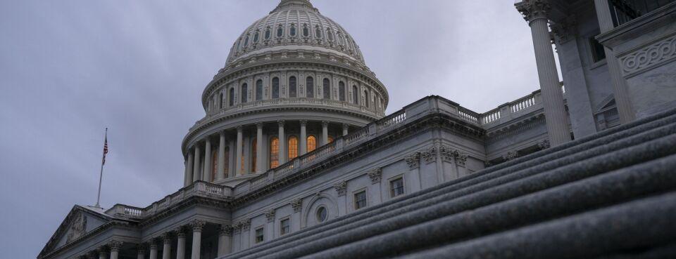 Capitol_billions_P