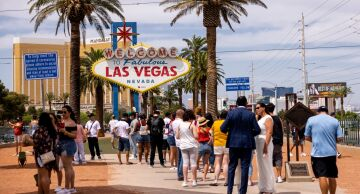 "Photo of ""Welcome to Fabulous Las Vegas"" sign."