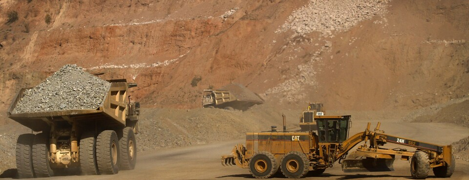 Mine Workers Walk Off the Job in Arizona, Texas