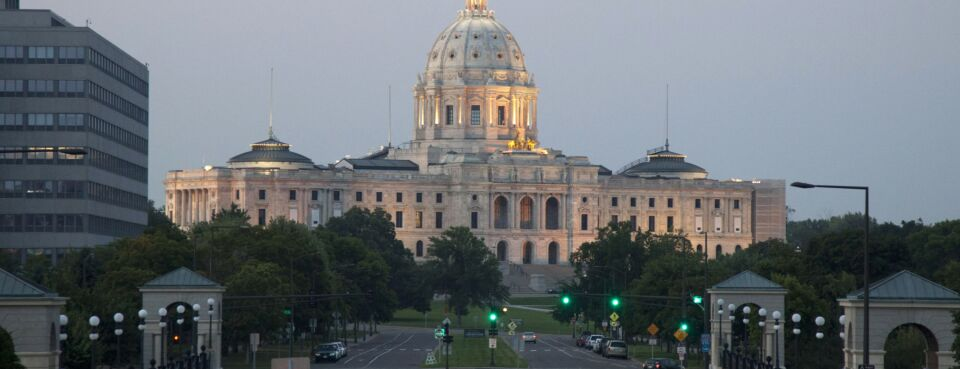 Minnesota Lawyer Gets Stayed Disbarment for Trust Account Abuses